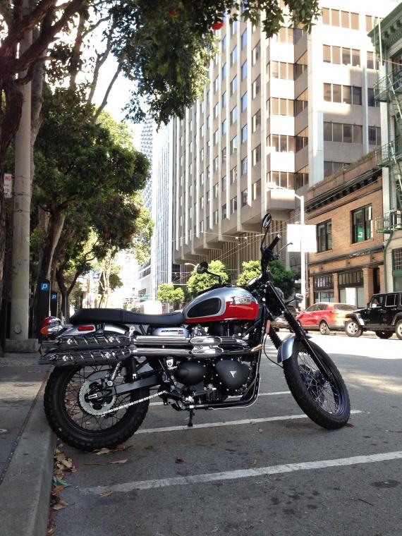 Triumph Scrambler in San-Francisco